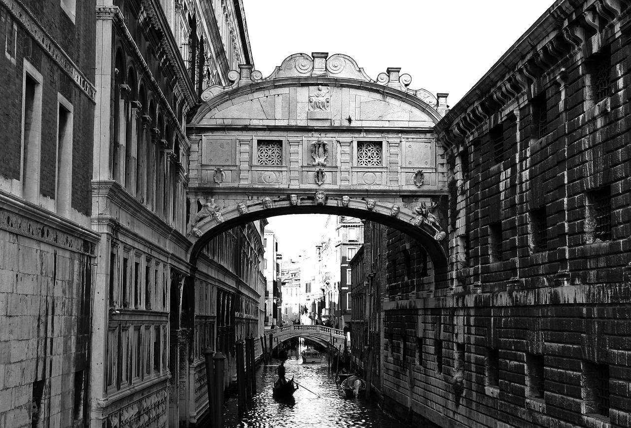 bridge-658599_1280