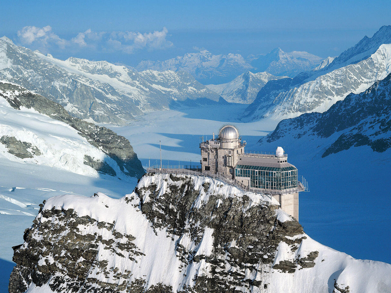 JungFrauJoch is the highest railway station in Europe.
