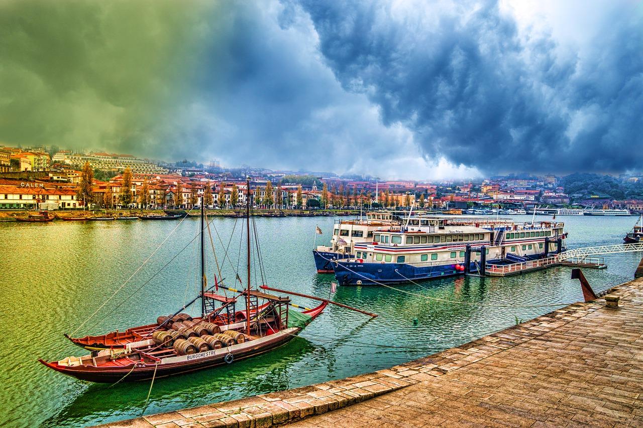 boats-346315_1280