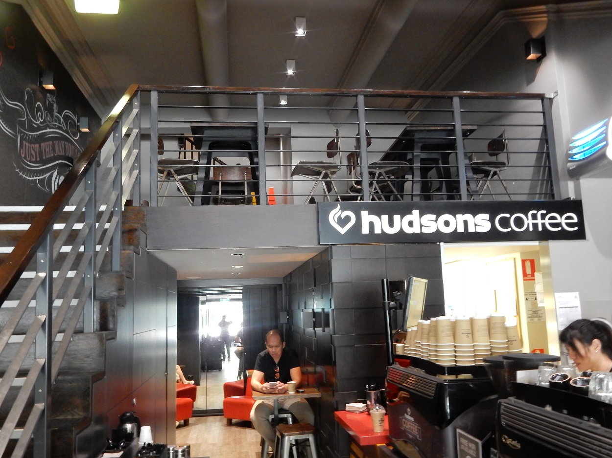 Hudson Coffee on Elizabeth Street offers great work alcove on second floor
