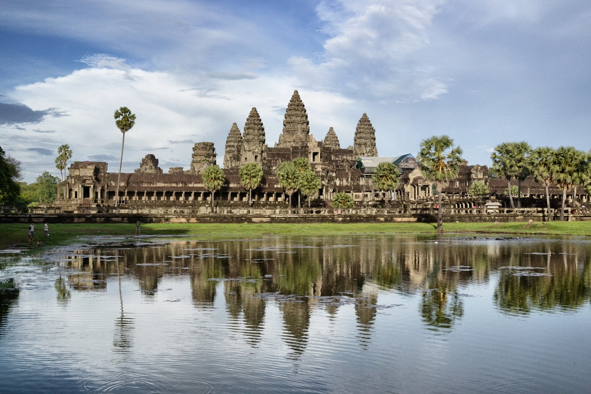 The beauty of Angkor Wat can not be exaggerated. It's stunning.